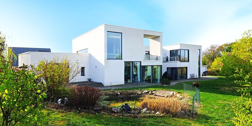 Luxus-Villa am See – Zwenkau