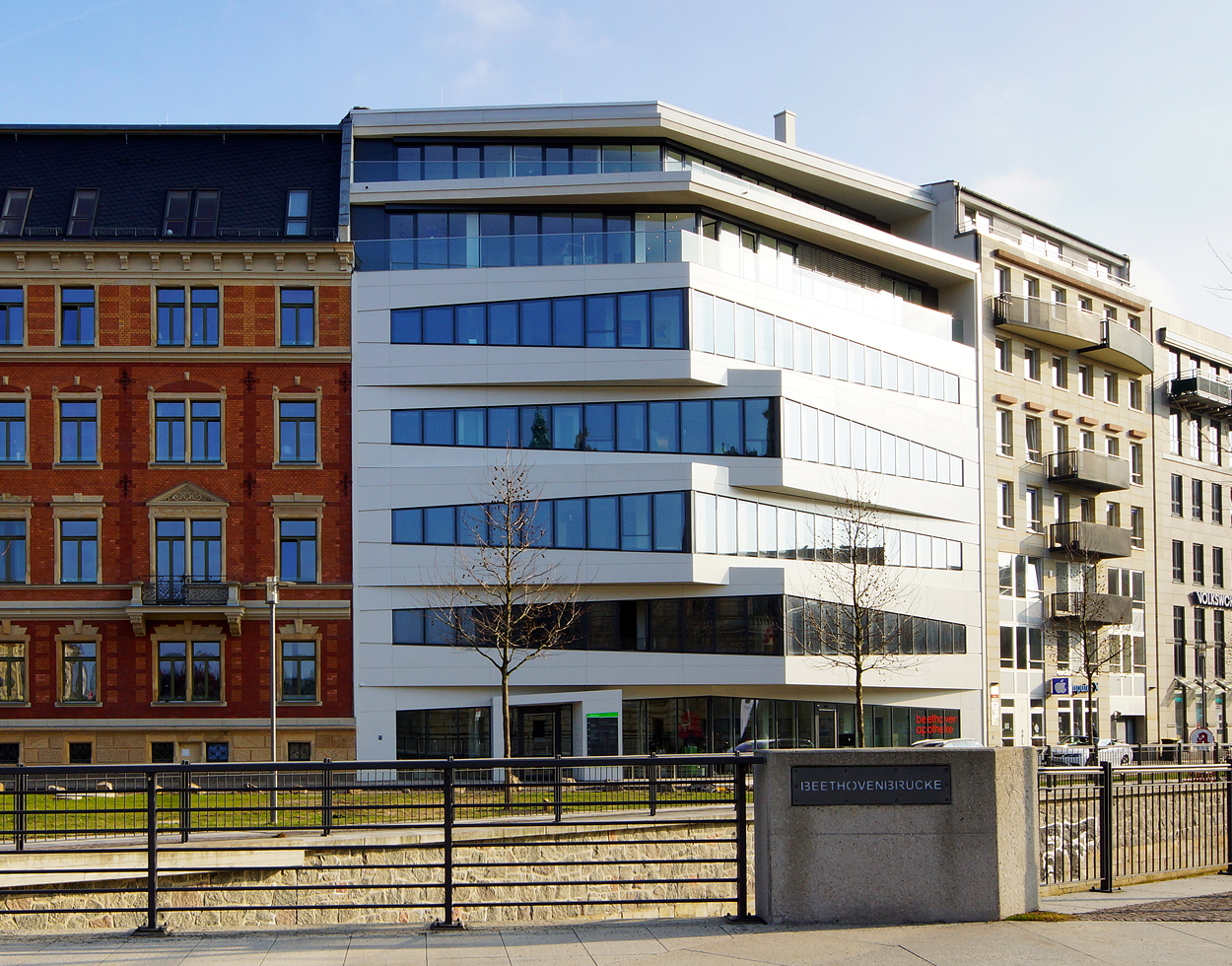 Neubau-Immobilien - effiziente Technik und Flexibilität - Dima ...